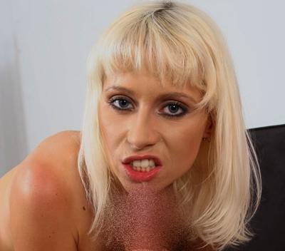 Telefonsex Schwanzlutschen mit Wichse schlucken